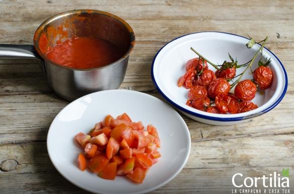 Spaghettoni allo zafferao e tre pomodori-3R